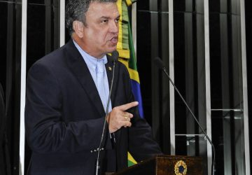 Sérgio-Petecão-discursa-no-Plenário-do-Senado-Federal-360x250.jpg